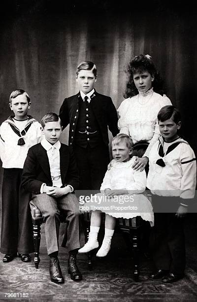 British Royalty The children of King George V of Gret Britain and Queen Mary back row lr Prince Henry Prince Edward Princess Mary Front row lr Prince...