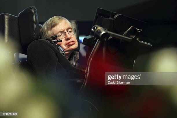 British scientist Prof Stephen Hawking gives his The Origin of the Universe lecture to a packed hall December 14 2006 at the Hebrew University of...