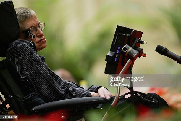 """British scientist Stephen Hawking, delivers a lecture entitled """"The Origin of the Universe"""" at the Great Hall of the People June 19, 2006 in Beijing,..."""