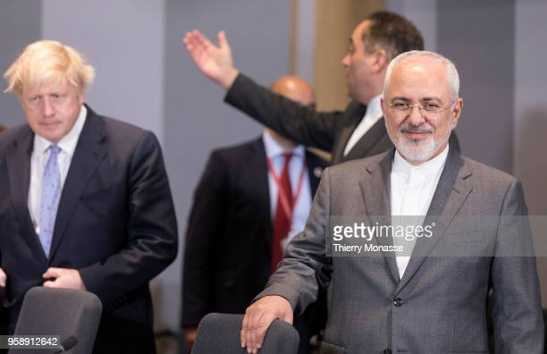 British Secretary of State for Foreign Commonwealth Affairs Boris Johnson and the Iranian Foreign Minister Mohammad Javad Zarif at the start of a...