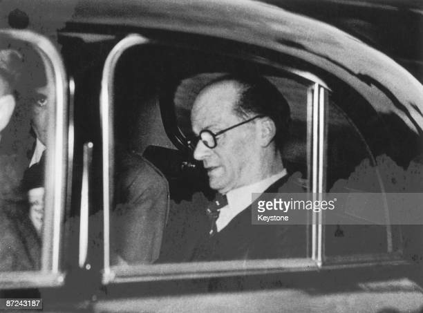 British serial killer John Reginald Christie on his way to court, 29th April 1953. He is charged with the murder of his wife and three other women.