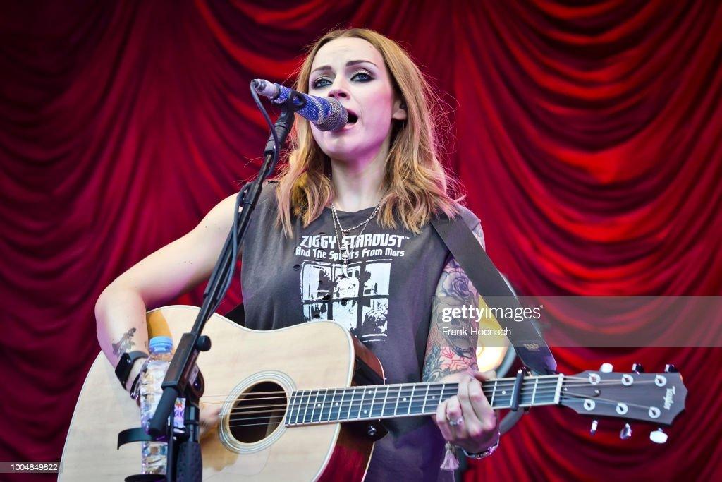 Amy Macdonald Performs In Berlin : News Photo