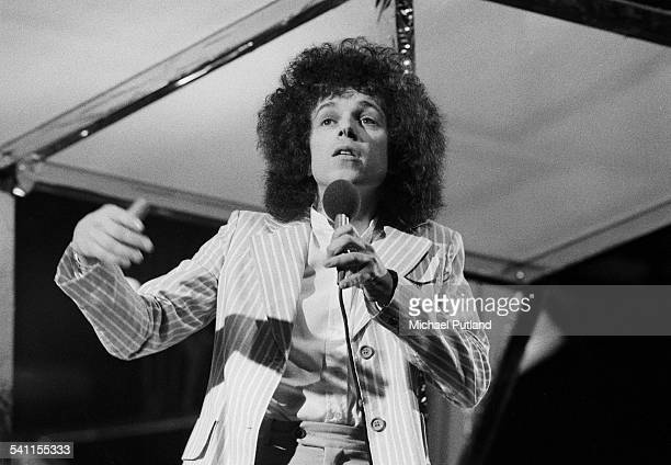 British singer and songwriter Leo Sayer appears on BBC TV London 1975
