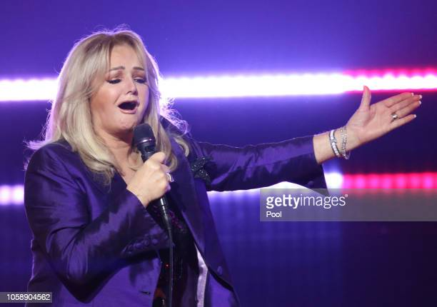 British singer Bonnie Tyler performs during the 'Goldene Bild der Frau' awarding ceremony on November 7 in Hamburg Germany The 'Goldene Bild der...