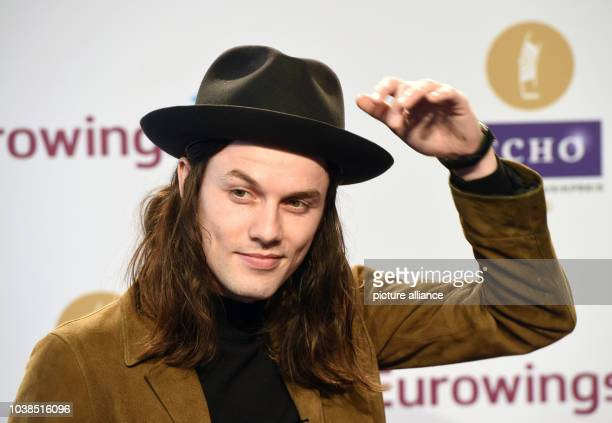 British singer James Bay arrives to the 25th Echo music award ceremony in Berlin,Germany, 07 April 2016. The awards are presented in 31 categories....