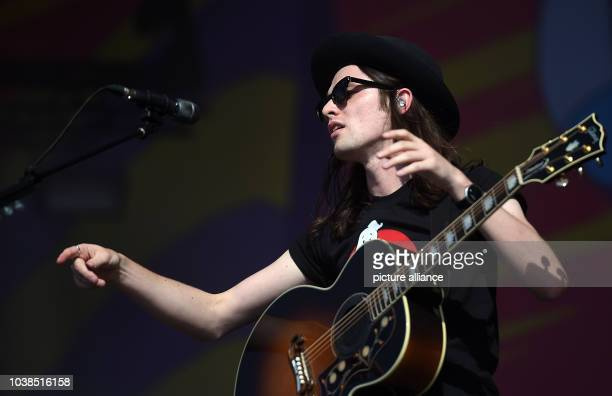 British singer James Bay on stage during the Lollapalooza Festival at the former Tempelhof airport in Berlin, Germany, 12 September 2015. Photo:...