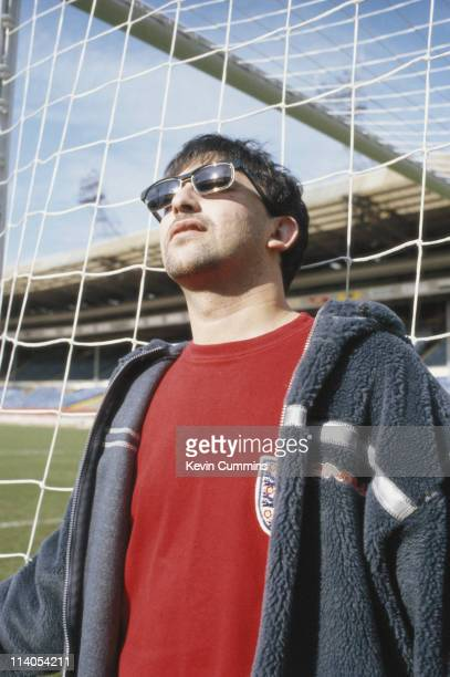 British singer songwriter and musician Ian Broudie of The Lightning Seeds circa 1998