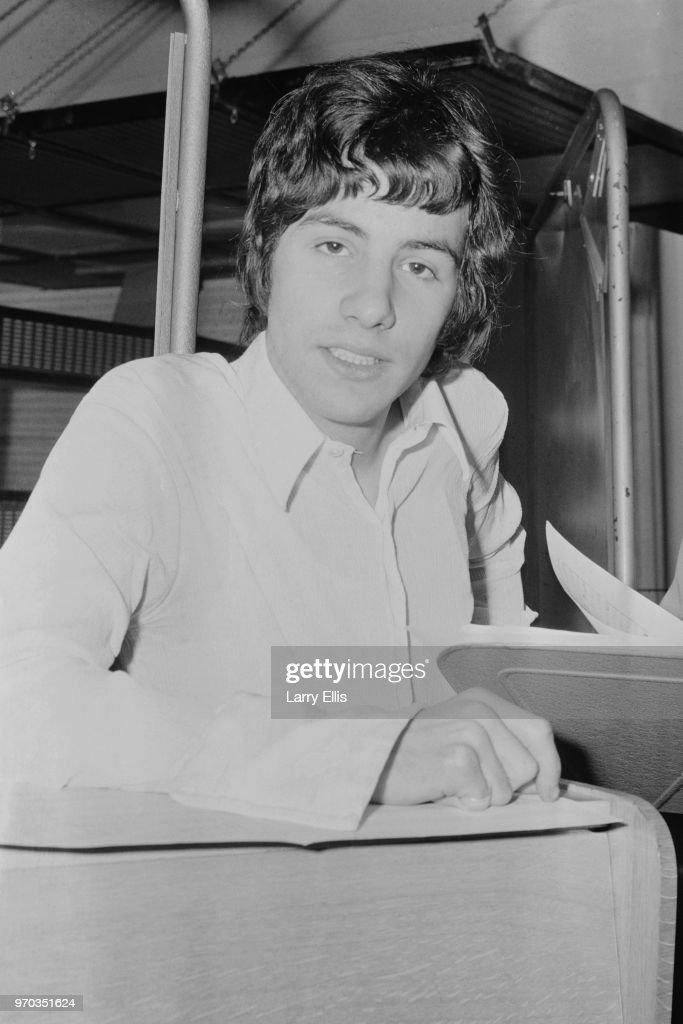 British singer-songwriter and multi-instrumentalist Cat Stevens, UK, 24th January 1967.