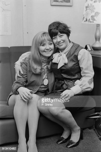 British singersongwriter Lulu with her manager Marion Massey UK 2nd November 1968