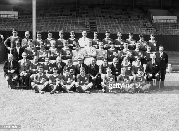 British soccer team Nottingham Forest FC group photo UK 5th August 1964