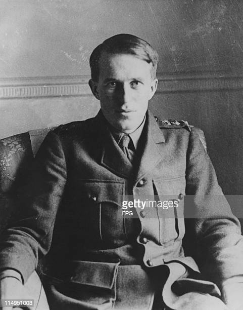 British soldier and writer T E Lawrence in British military uniform, circa 1914.