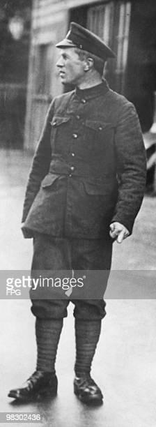 British soldier T. E. Lawrence , aka 'Lawrence of Arabia', circa 1915.