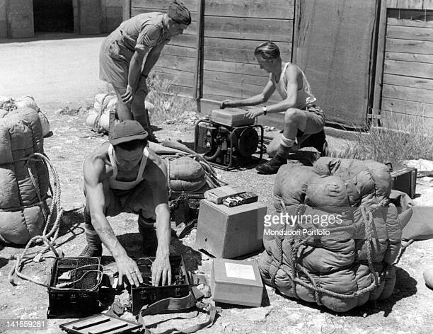 British soldiers packing supplies that will be launched to partisans placed in Northern Italy Italy August 1944