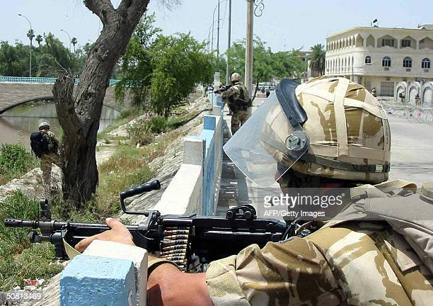 British soldiers take position 08 May 2004 during clashes with militiamen loyal to Shiite Muslim radical leader Moqtada Sadr in the southern city of...