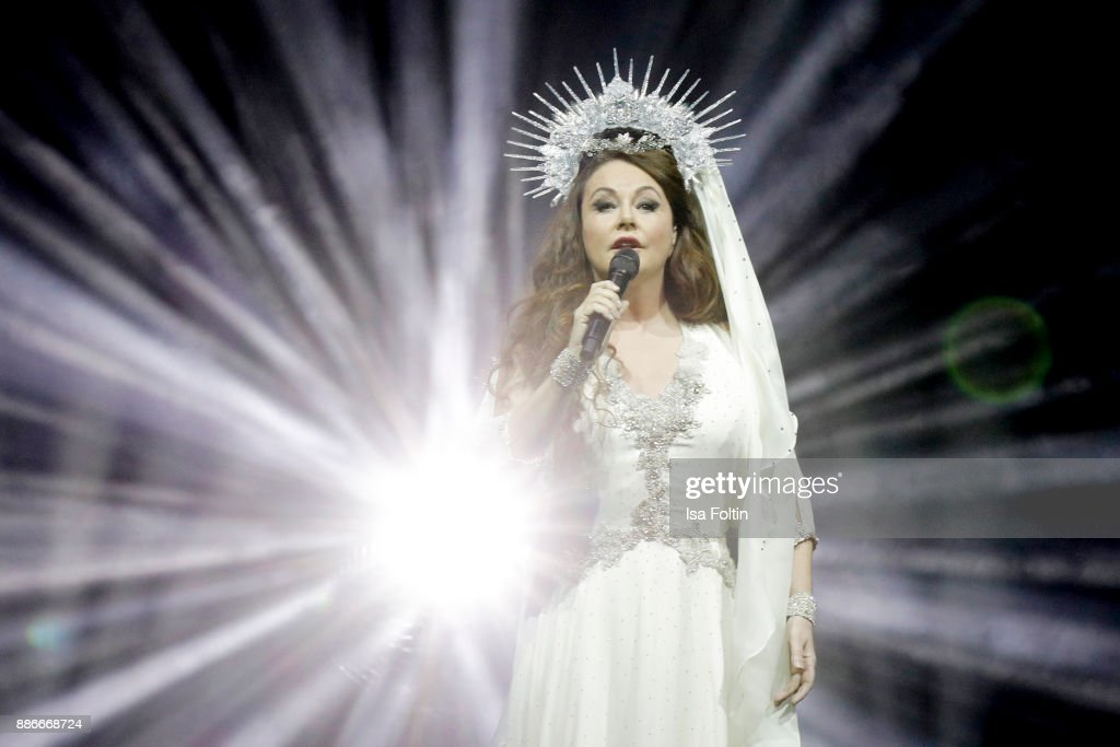 Royal Christmas Gala - An Evening With Sarah Brightman & Gregorian In Berlin