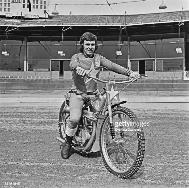 British speedway rider Trevor Hedge of the Wimbledon Dons, UK, 19th March 1974.