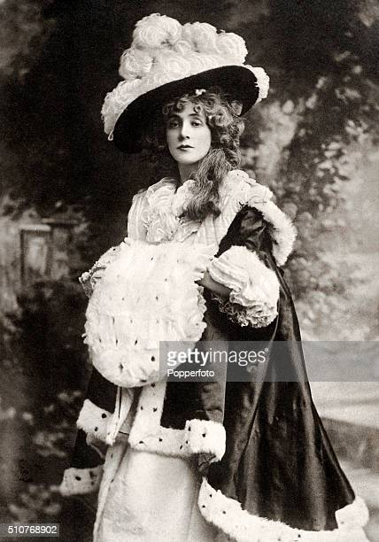 British stage actress Beatrice Stella Tanner circa 1904