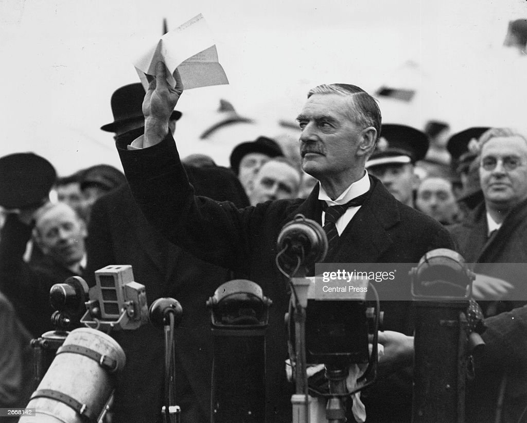 british-statesman-and-prime-minister-neville-chamberlain-at-heston-picture-id2668142