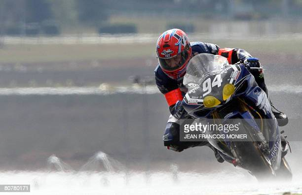 British Steve Plater rides his Yamaha N 94 during the 31th of the Le Mans 24 hours endurance race in Le Mans western France on April 19 2008 AFP...