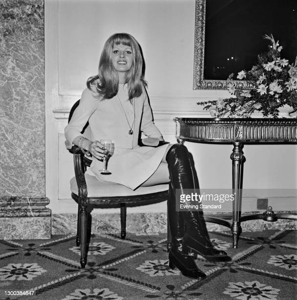 British television hostess Anthea Redfern of the BBC's 'The Generation Game', UK, 2nd June 1972.