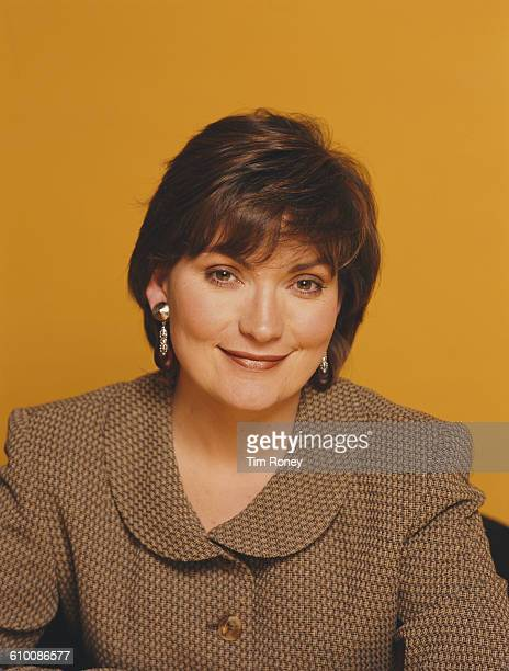 British television presenter Lorraine Kelly circa 2000