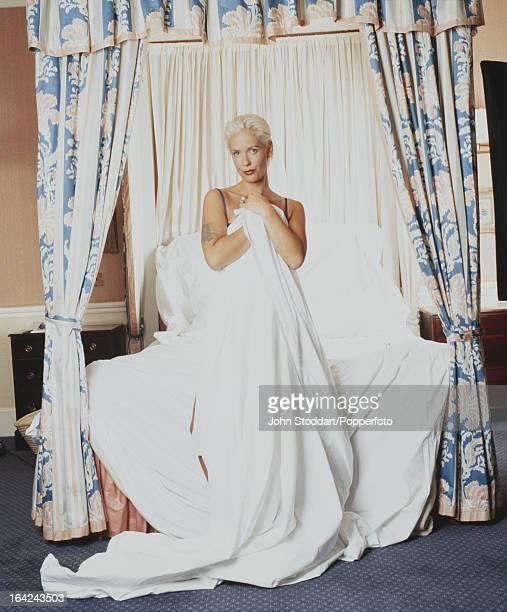 British television presenter Paula Yates posed in 1995