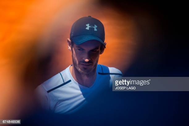 TOPSHOT British tennis player Andy Murray looks on as he plays against Austrian tennis player Dominic Thiem during the ATP Barcelona Open 'Conde de...