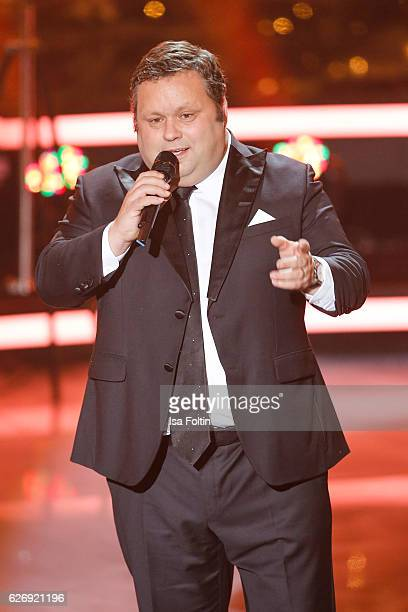 British tenor Paul Potts performs at the tv show 'Die schoensten Weihnachtshits' on November 30 2016 in Munich Germany
