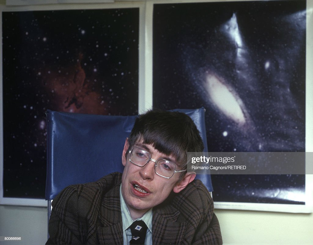 Stephen Hawking : News Photo