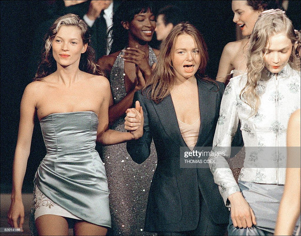 British top models Kate Moss (L), Naomi Campbell ( : News Photo