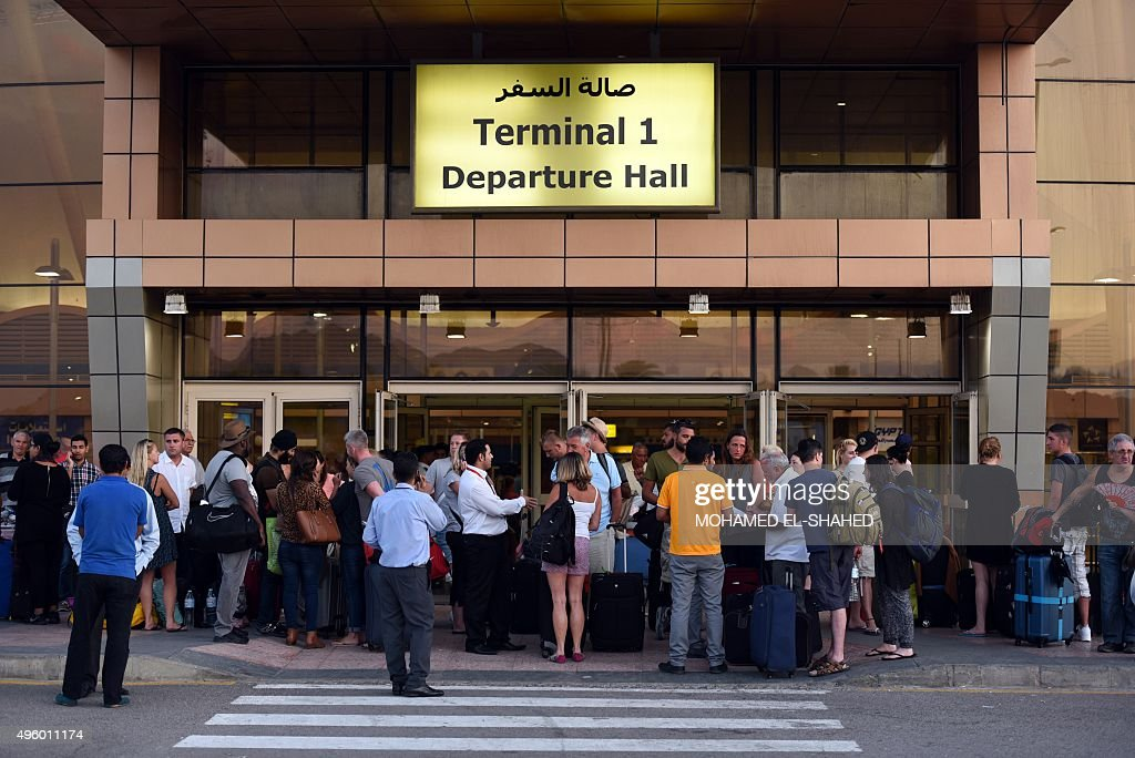 EGYPT-BRITAIN-UNREST-AVIATION-ACCIDENT : News Photo