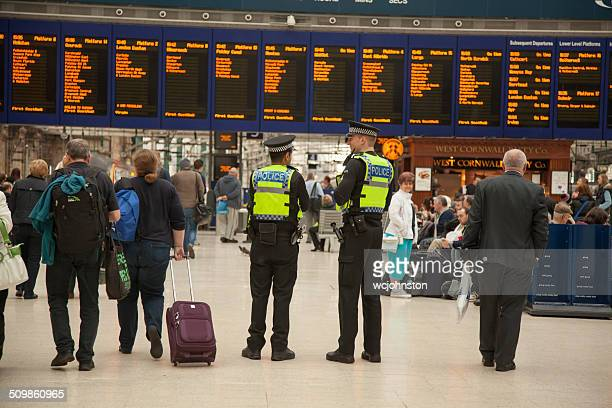 british transport police pcsos at glasgow central station - glasgow scotland stock photos and pictures