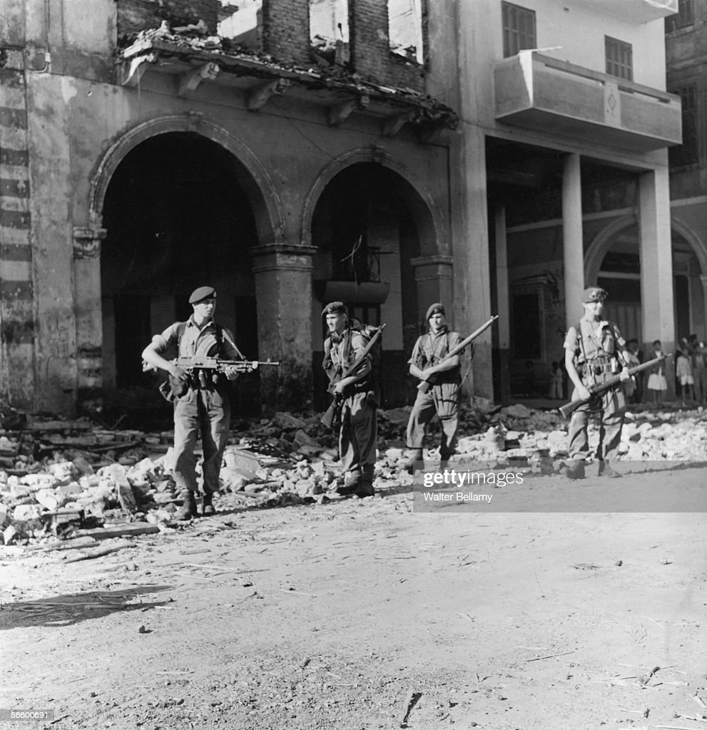 """opération """"AMILCAR"""" British-troops-on-patrol-in-egypt-during-the-suez-crisis-13th-1956-picture-id56600691"""
