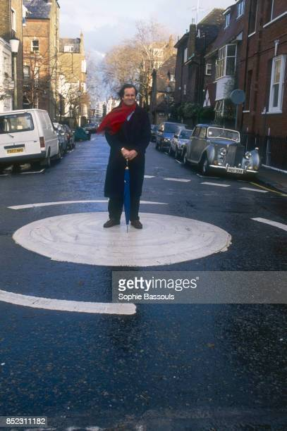 British writer William Boyd stands in the middle of a London street In 1989 he has just published a collection of novels entitled La Chasse au Lezard