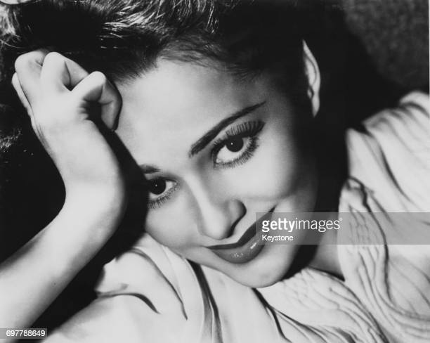 British-American actress Olivia de Havilland, 1938.