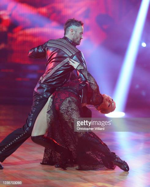 """Britney Night"""" - The 14 celebrity and pro-dancer couples emerge """"Stronger"""" than ever as they return to the ballroom for """"Britney Night"""" where they..."""