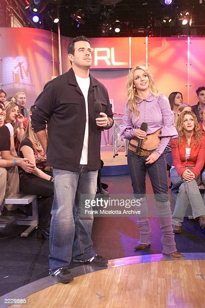 Britney Spears and Carson Daly on MTV TRL in the MTV Studio in New York City 2/15/02 Photo by Frank Micelotta/ImageDirect