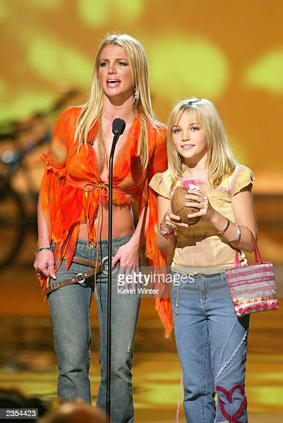 Britney Spears and her sister Jamie Lynn Spears at The Teen Choice Awards held at the Universal Amphitheatre in Los Angeles California August 4 2002
