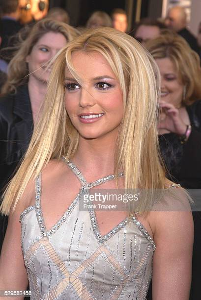 Britney Spears arrives at the 31st Annual American Music Awards at the Shrine Auditorium