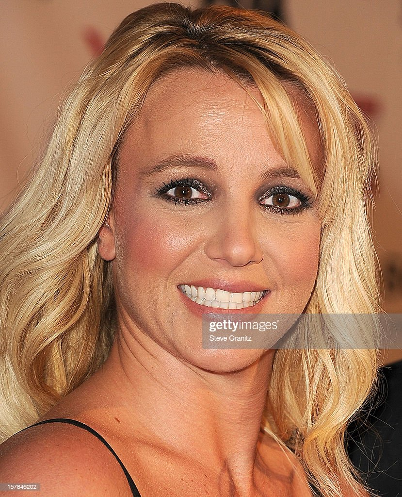 Britney Spears arrives at the 'The X Factor' Viewing Party Sponsored By Sony X Headphones at Mixology101 & Planet Dailies on December 6, 2012 in Los Angeles, California.