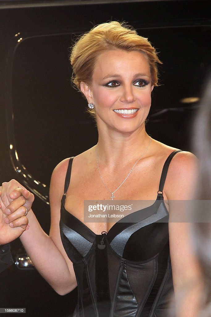Britney Spears arrives to the FOX's 'The X Factor' Season Finale- Night 2 at CBS Television City on December 20, 2012 in Los Angeles, California.