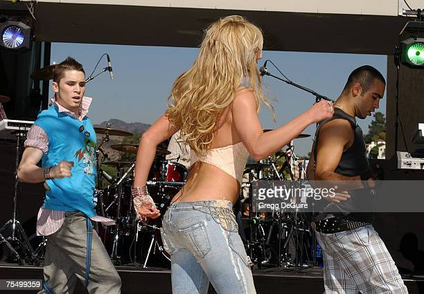 britney-spears-at-the-hollywood-highland