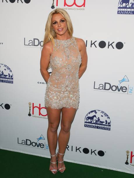 britney-spears-attends-the-4th-hollywood-beauty-awards-on-february-25-picture-id924283730?k=6&m=924283730&s=594x594&w=0&h=O5offD1bWLygGxOQ6Qqi9FzGG9QHaVVJp3MCNuU3tLg=