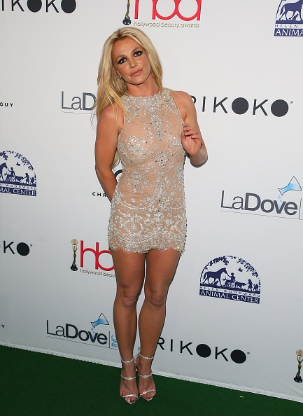 britney-spears-attends-the-4th-hollywood-beauty-awards-on-february-25-picture-id924283736?k=6&m=924283736&s=594x594&w=0&h=2SjFPhXI9CsU4QUz5XbPcw2y5sAWwob-s-ZW6ruQu4k=