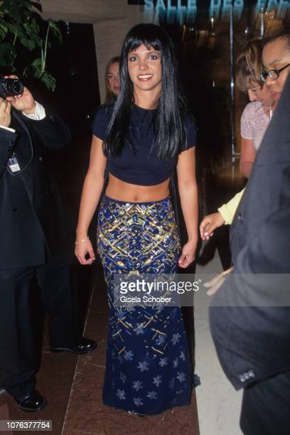 Britney Spears attends the 'World Music Awards' in May 1999 in Munich Germany
