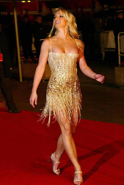 Red Carpet Dresses: Britney Spears - VH1 Music Awards 2001