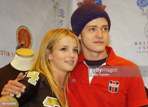 Britney Spears Justin Timberlake during Super Bowl XXXVI Britney Spears Justin Timberlake Host Super Bowl Fundraiser at Planet Hollywood Times Square...