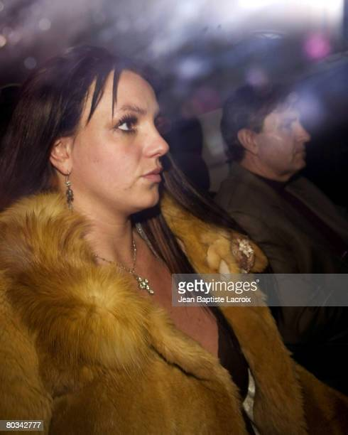Britney Spears sighting at Social on February 16 2008 in Hollywood California