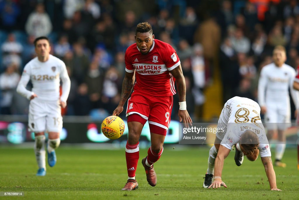 Britt Assombalonga of Middlesbrough beats Gaetano Berardi of Leeds United during the Sky Bet Championship match between Leeds United and Middlesbrough at Elland Road on November 19, 2017 in Leeds, England.