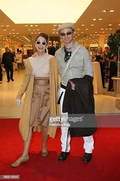 Britt Kanja Und Ingo Falke Bei Der Eröffnung Des AppelrathCüpper Modehaus In Berlin Auf Der Tauenzienstrasse Am 050906